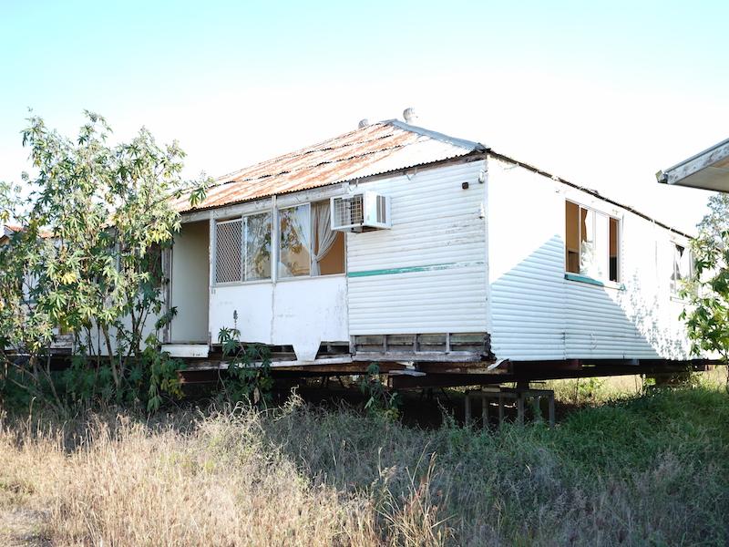 HOUSE R41