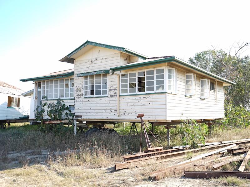 HOUSE R43